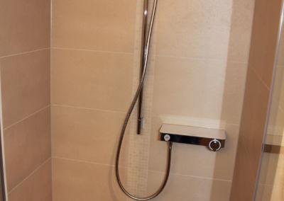 Geflieste Dusche Terrakotta